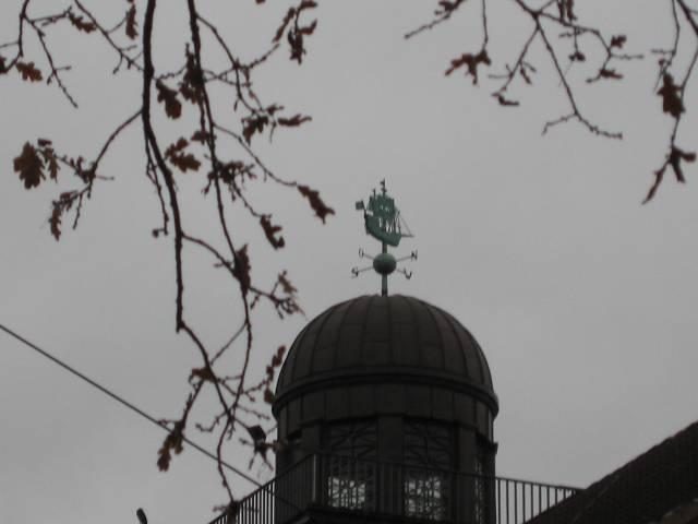 Bremen weathervane Lloyd building