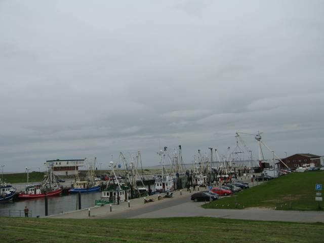 Westeraccumersiel harbour
