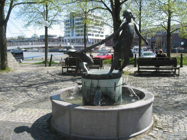 Leer fountain