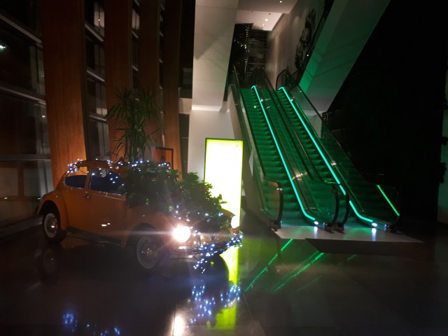 Gibson hotel lobby