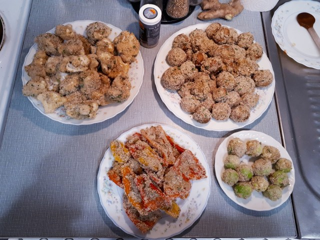 Breaded vegetables for deep frying