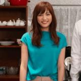 愛してたって秘密はある7話衣装!川口春奈の青ニットトップスが可愛い!ブランドはどこ?