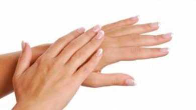 Photo of Сухая кожа рук: что делать, причины, лечение