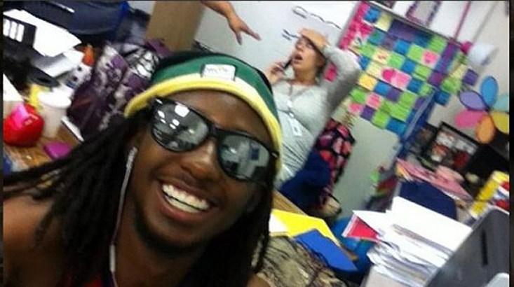 "Resident's Selfie Makes National Publication's ""Greatest"" List"