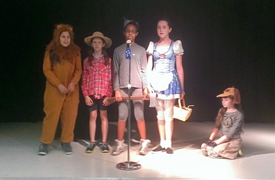 "Maplewood Elementary Students presents ""The Wizard of Oz"""
