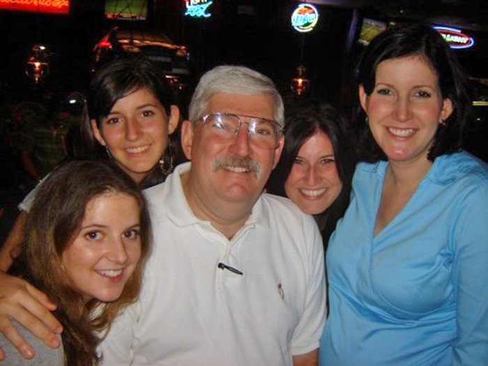 "Robert ""Bob"" Levinson and his daughters. Courtesy family."