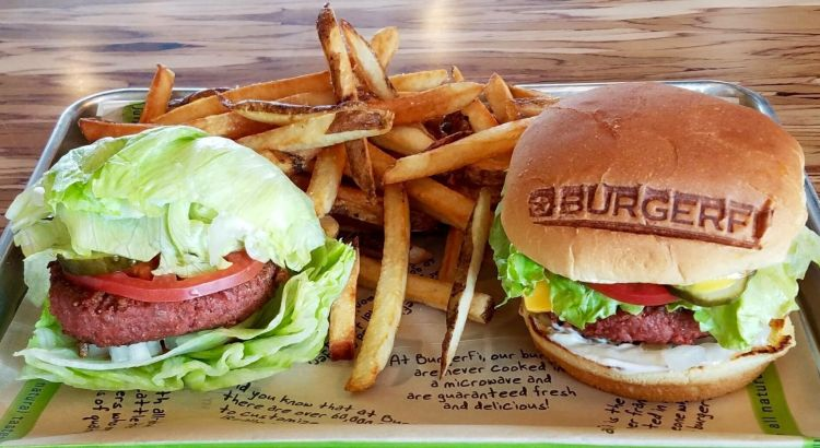 "New Meatless ""Beyond Burger"" Comes to Coral Springs Restaurant"