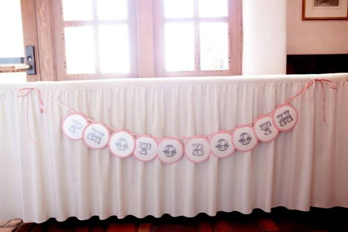 Wedding Photo Booth Design in White and Pink