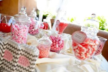 Love Sweet Love Full Candy Buffet and Favors in Shades of Pink