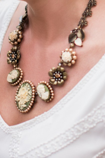 The Bride's Vintage Style Cameo Necklace
