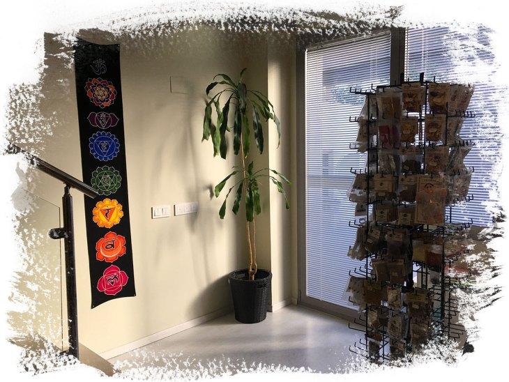 Nuestro espacio - Corazón y vida - Centro de relajación y bienestar - Avda de Manoteras, 38 - Loft D005 - Manoteras / Virgen del Cortijo / Las Tablas / Sanchinarro - 28050 - Madrid - Distrito Hortaleza - Tfnos.: 910 027 906 - 675 829 401 (sóloWhatsApp) - info@corazonyvidamadrid.com