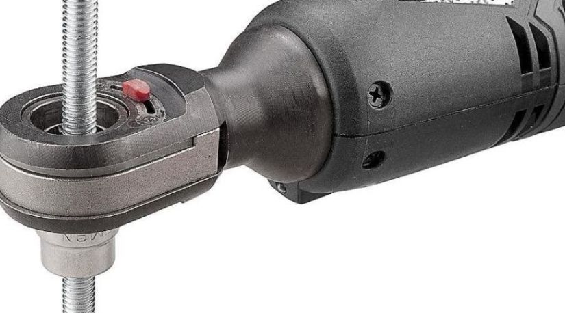 an image of the best cordless ratchet in use to fasten or unfasten nuts
