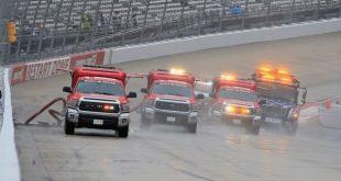 LA LLUVIA POSPONE EL NASCAR EN DOVER PARA ESTE LUNES