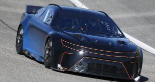 NASCAR CONTINÚA LAS PRUEBAS CON SU NUEVO PROTOTIPO