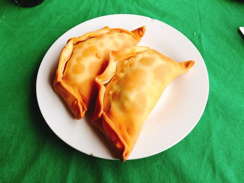 Empanadas de camaron y queso