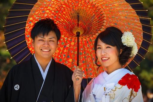"""""""Graduação No Casamento"""" Pode Ser A Resposta Para Os Relacionamentos Japoneses"""