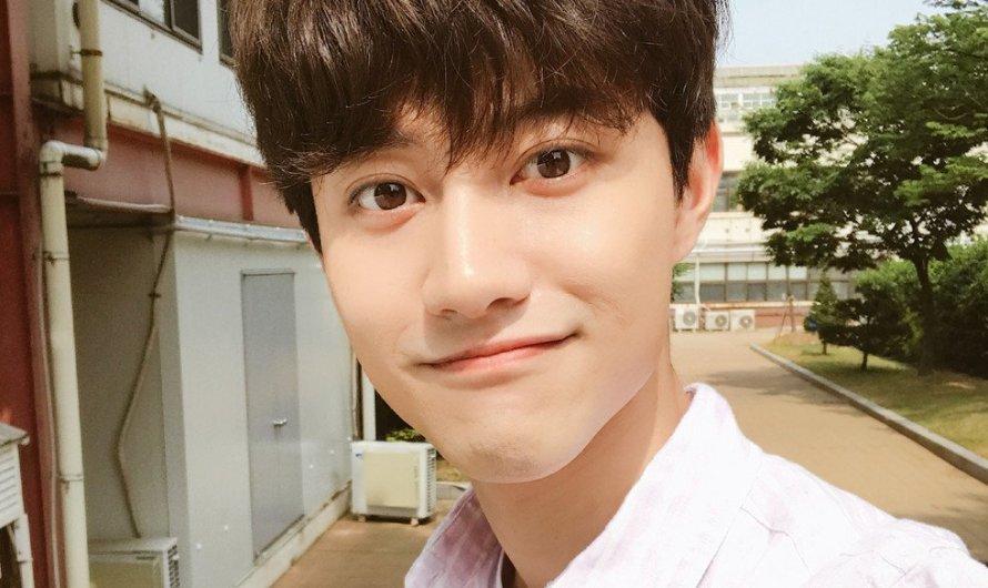 Kwak Dong Yeon dá conselhos interessantes a todos que vivem sozinhos e diz que ainda fica em casa nas noites de sexta