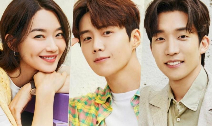 Hometown Cha Cha Cha lança novos pôsteres de Shin Min Ah, Kim Seon Ho e Lee Sang Yi