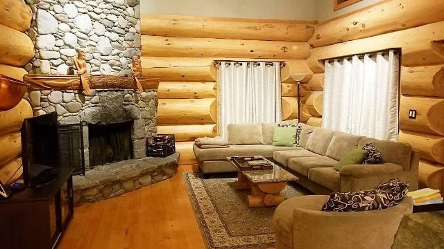 Core Ski Snowboard Camp Living Room