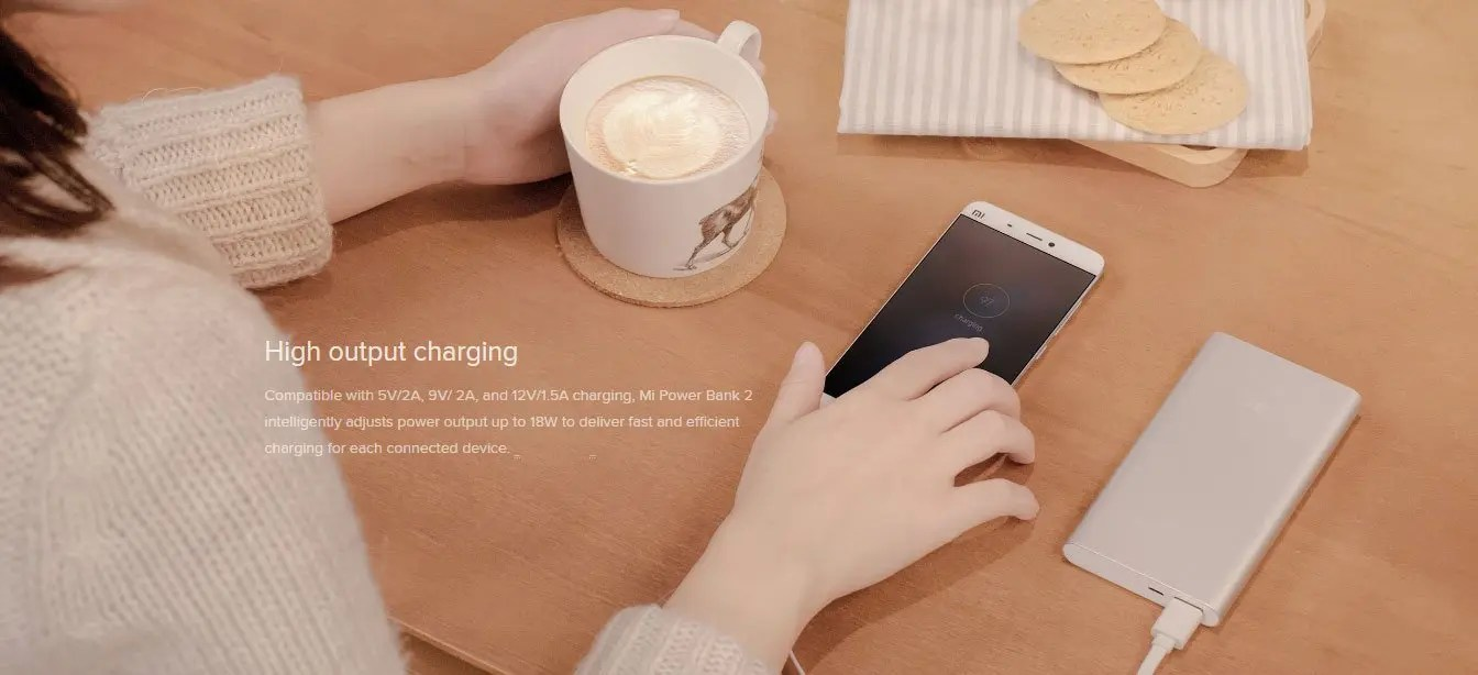 High output charging Compatible with 5V/2A, 9V/ 2A, and 12V/1.5A charging, Mi Power Bank 2 intelligently adjusts power output up to 18W to deliver fast and efficient charging for each connected device.