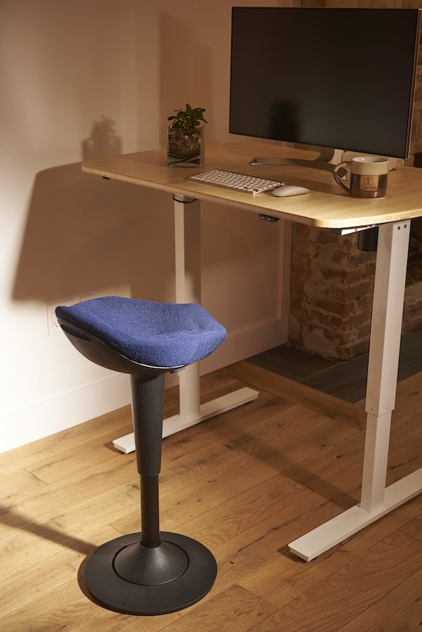 blue ergonomic active sitting perch stool