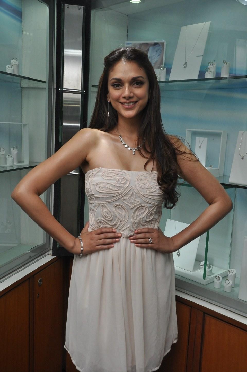 Aditi Rao Hydari Platinum Jewellery range for the season