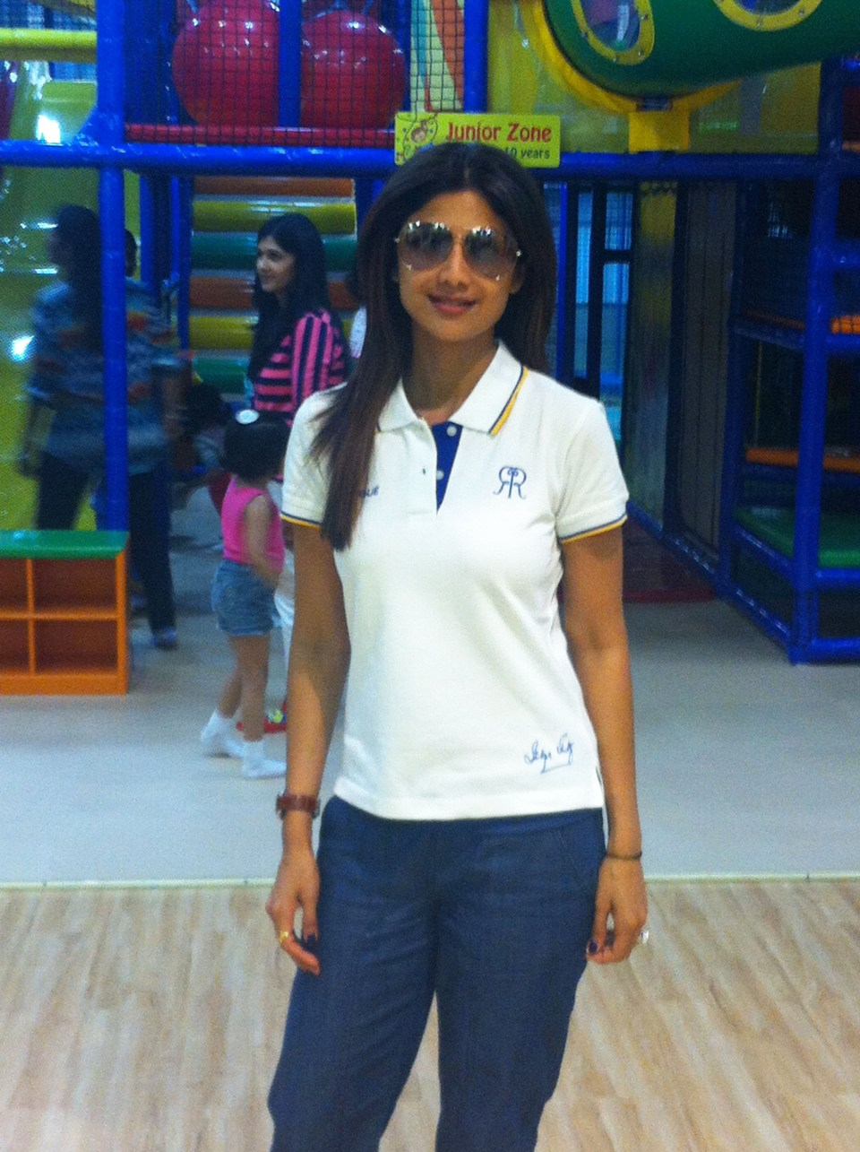 Mom Shilpa Shetty plans a Baby's day out at Funky Monkeys