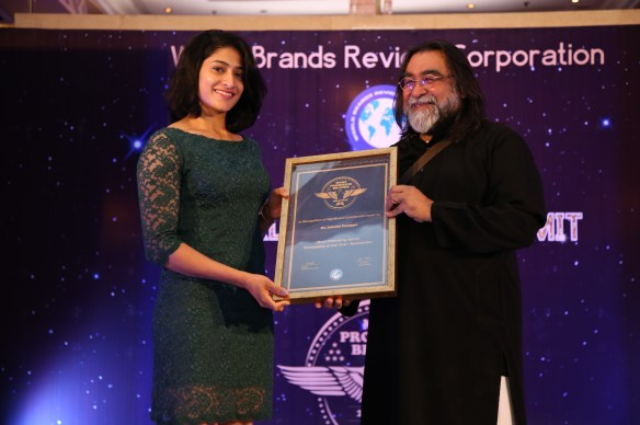 Brand guru Prahlad Kakar felicitates Indian badminton player Ashwini Ponnappa