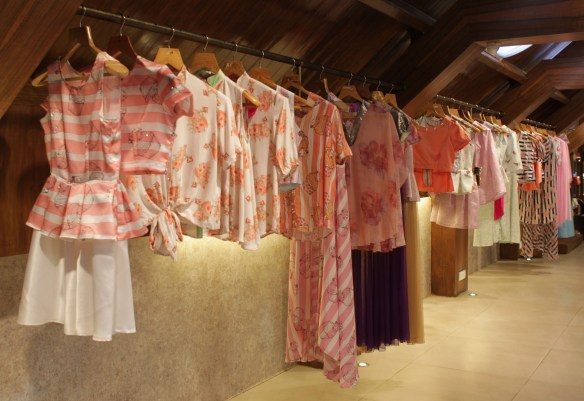 Sonam Parmar's Surreal Summer collection at Amara copy