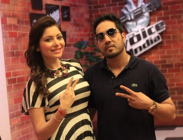 Kanika Kapoor & Mika Singh