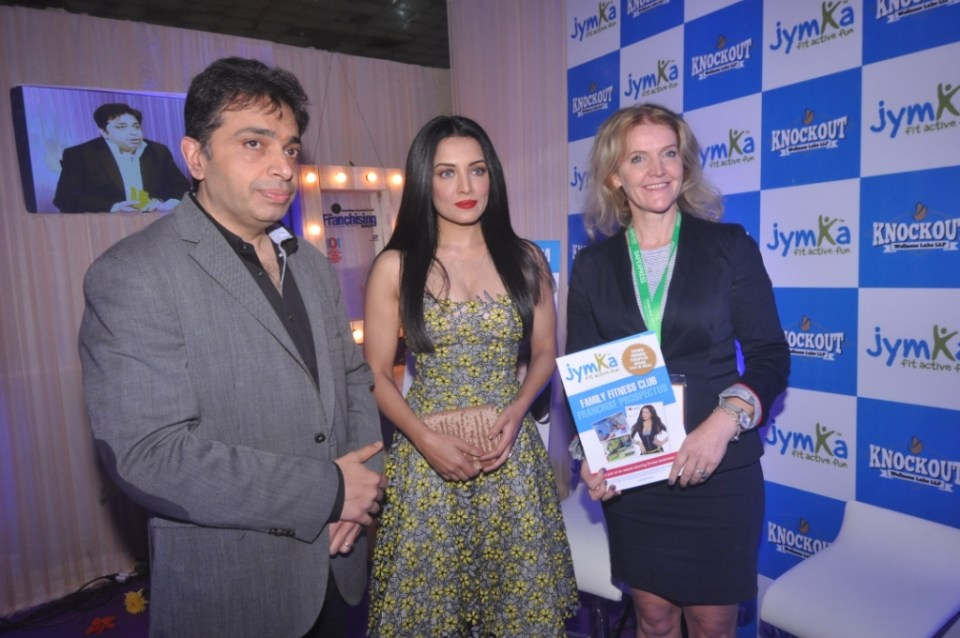 gaurav-marya_-chairman_-franchise-india-with-actor-celina-jaitley-and-anne-ma_