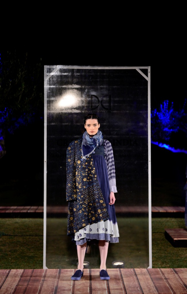 aneeth-arora-at-fdci-presents-crafted-in-india-representing-gujarat