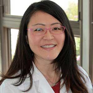 Dr-Jane-Hoashi-MD-orthopedic-specialist