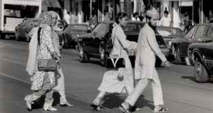 South Asian immigration to Canada increased in the 70s and 80s. A picture circa 1975, taken in the Toronto neighbourhood of South Riverdale ('Little India'). (City of Toronto Archives/Series 1465; Urban Design photographs)