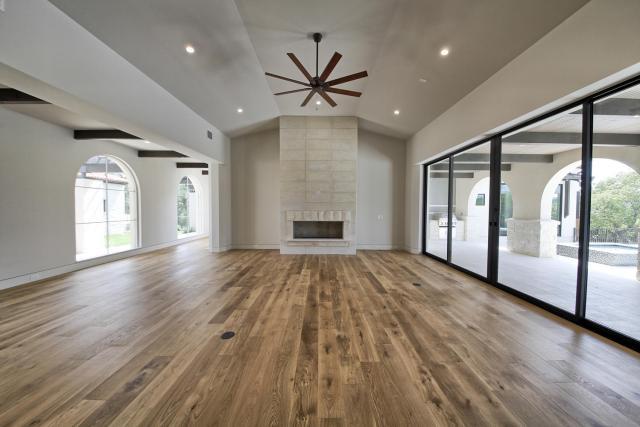 8901 Calera Dr Austin TX 78735-large-014-64-Living Room-1500x1000-72dpi