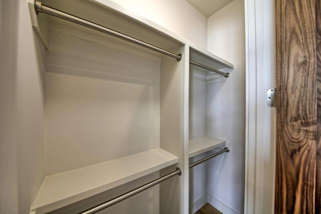 8901 Calera Dr Austin TX 78735-large-056-91-Bedroom 2 Closet-1500x1000-72dpi