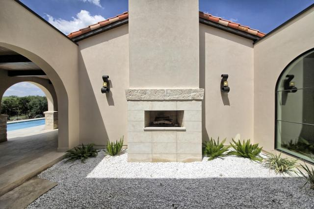 8901 Calera Dr Austin TX 78735-large-078-24-Outdoor Fireplace-1500x1000-72dpi