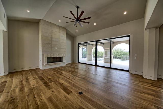 8901 Calera Dr Austin TX 78735-large-015-75-Living Room-1500x1000-72dpi