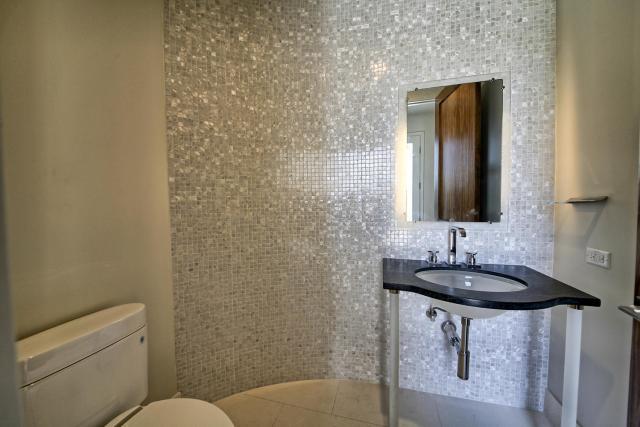 8901 Calera Dr Austin TX 78735-large-026-77-Half Bathroom-1500x1000-72dpi