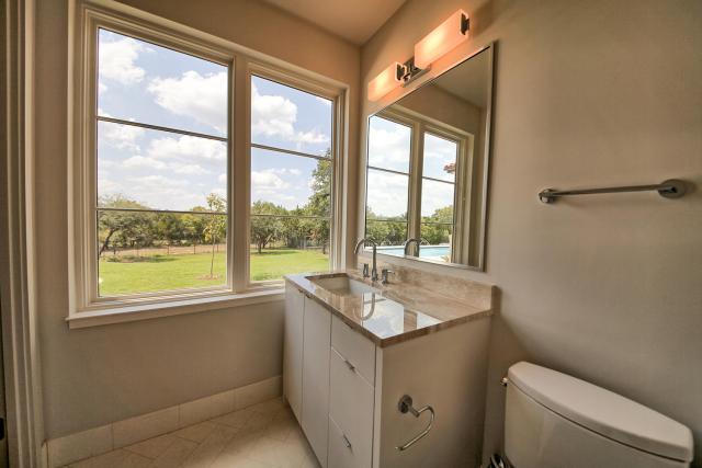 8901 Calera Dr Austin TX 78735-large-055-90-Bathroom 2-1500x1000-72dpi