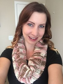 drop stitch cowl headshot