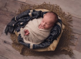 Twinsburg Newborn Photographer