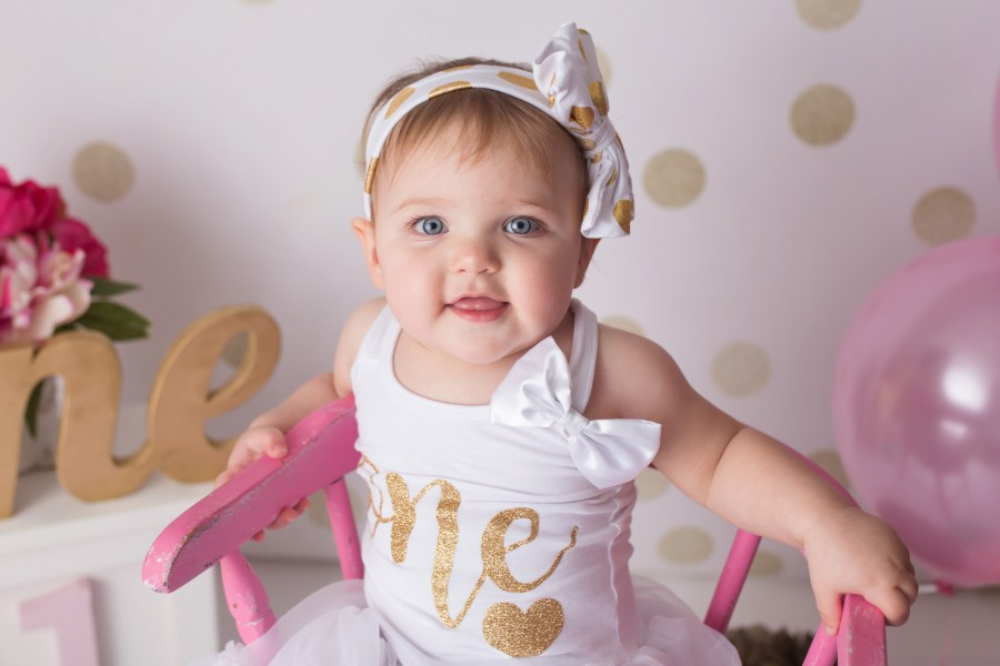 chagrin falls pink and gold first birthday photo session