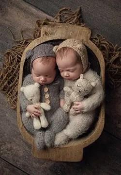 newborn session twins