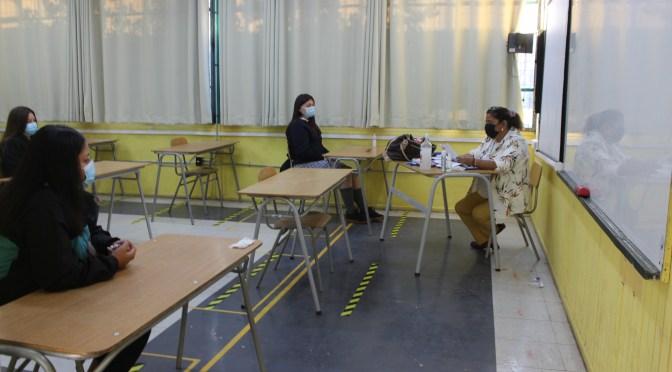 Autoridades del Mineduc confirman vigencia del Seguro Escolar Covid