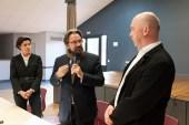 PrimaMr le maire Christophe Robin et Frédéric Lefebvre...