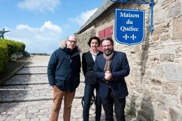 La maison de Québec clin d'oeil à Mr le maire de St Malo actuellement sur les terres de Frédéric Lefebvre le Canada