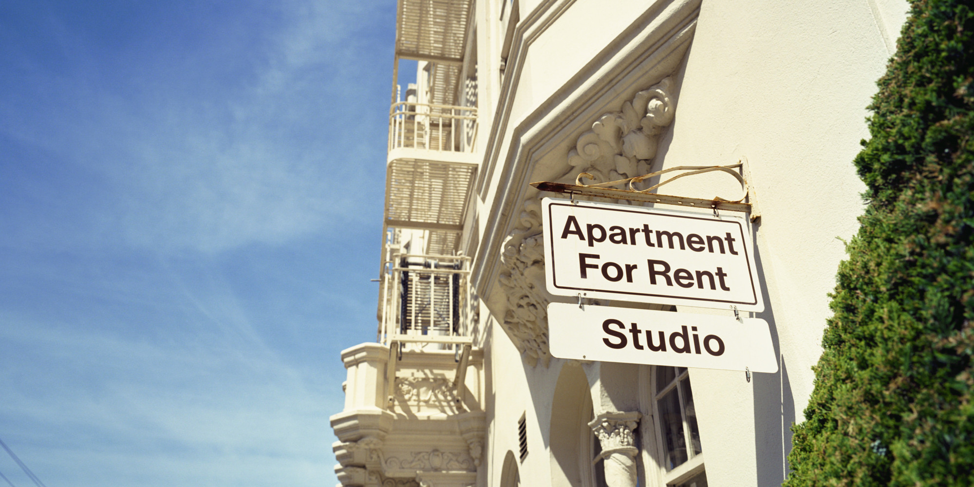 Das Beste How To Afford A Roommate Free Apartment Really Huffpost In Diesem Monat