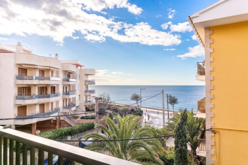 Das Beste Beautiful Sea View Apartment On The Cala Estancia Purchase In Diesem Monat