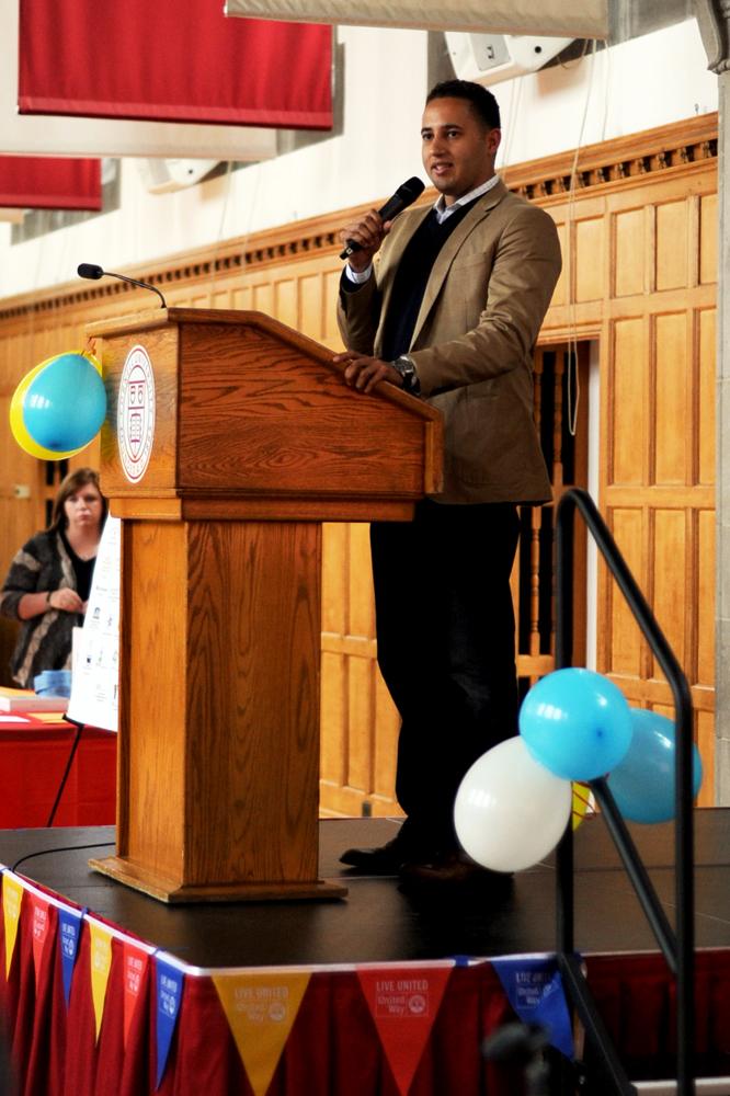 Mayor Svante Myrick '09 speaks at the United Way kickoff event Friday. (Brittney Chew / Sun News Photography Editor) United Way meeting featuring Mayor Savante. Friday, October 1, 2015